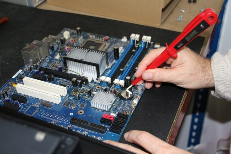 computer workshop, workshop, computing